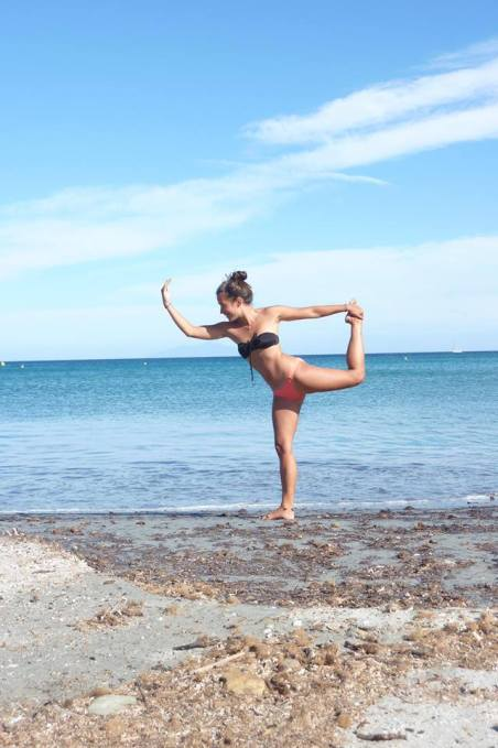 Posture de Yoga à Farinole