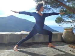 Posture de yoga, cap corse
